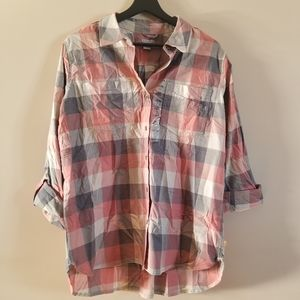 Carhartt Womens button up hi low roll up shirt